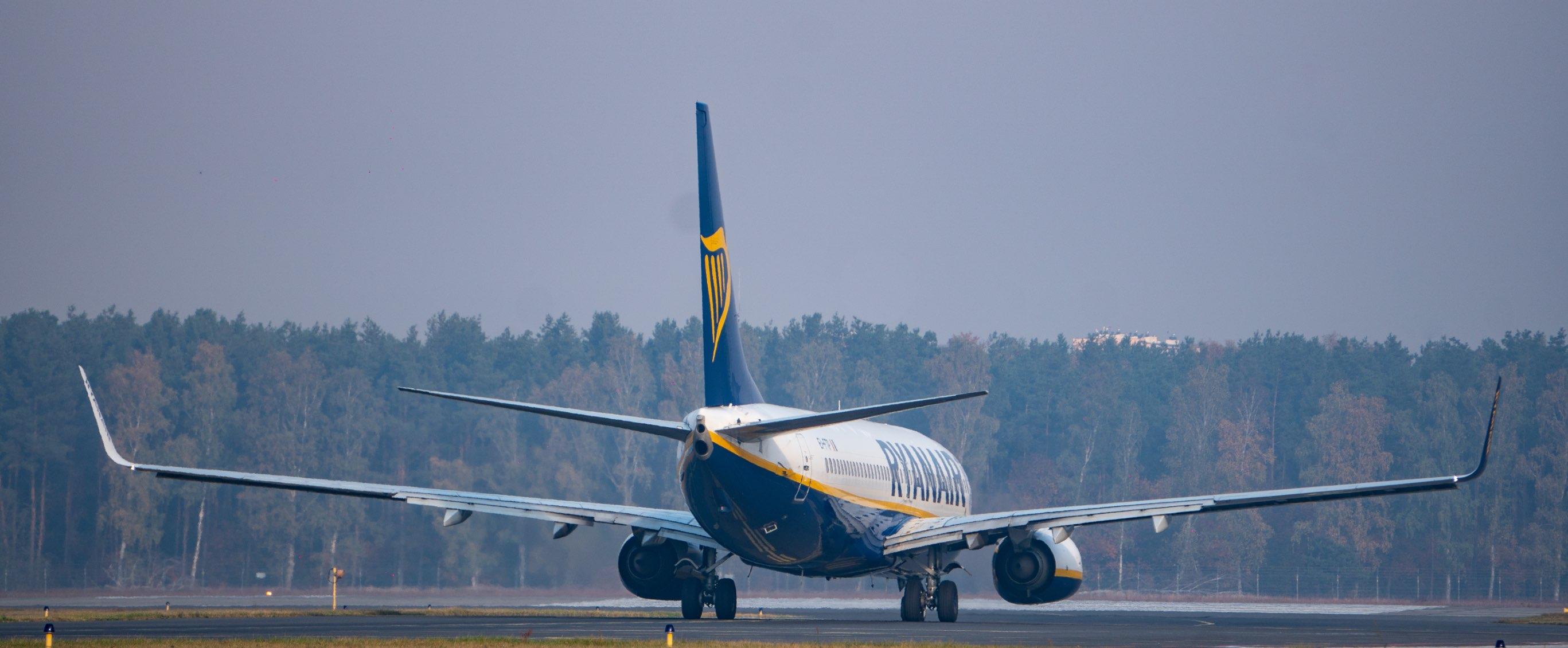 Odlatujący samolot